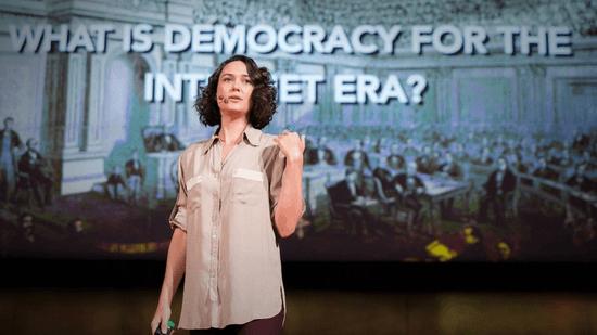 ピア・マンチーニ: インターネット時代に合った民主主義へ