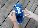 これは凄い!3秒で「靴ひも」を結ぶ方法