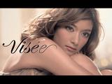 ローラがセクシーで美しい!/コーセーの化粧品「Visee(ヴィセ)」のCMで大人の表情