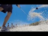 バンカーショットされるゴルフボールの気分が味わえる GoPro映像
