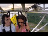 パイロットも超ビックリ!離陸したら翼の中に猫さんがいた!