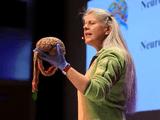 10代の皆さんへ私ができる最高のアドバイス/脳卒中を経験した稀有な脳科学者:ジル・ボルト・テイラー博士の脳科学講演「10代の脳における神経解剖学的な変化」