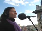 世界中のストリートミュージシャンが「One Love(ワン・ラブ)/Bob Marley」を歌い継ぐ