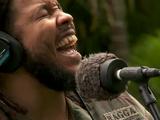 世界中のストリートミュージシャンが「Redemption Song/Bob Marley(ボブ・マーリー)」を歌い継ぐ