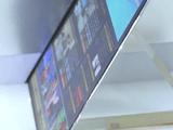 未来キターーー!ソニー、東芝、日立の合併会社「ジャパンディスプレイ」が、薄さ0.96mmの最先端ディスプレイを開発。しかも消費電力は約半分で明るさは2倍!